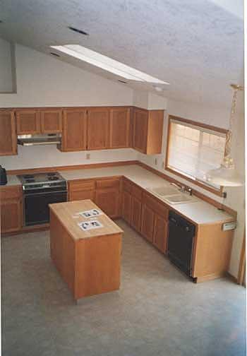 2000 Kitchen-Before